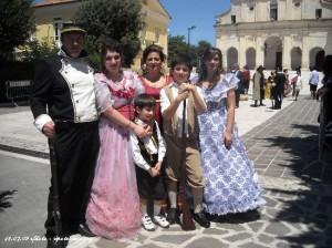 Interi nuclei familiari hanno partecipato alla rappresentazione