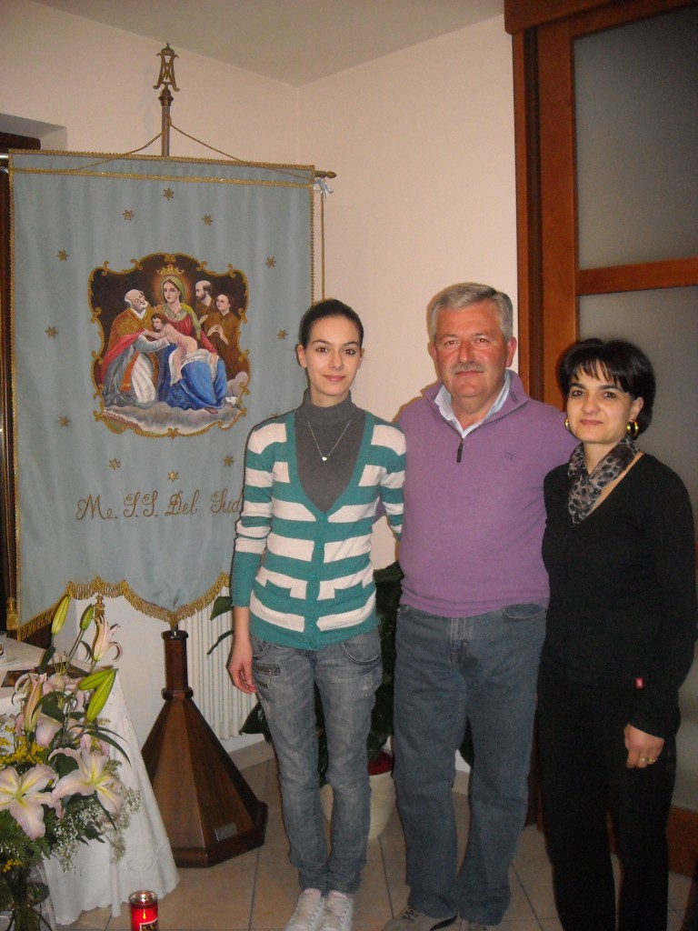 Verna Ulisse con moglie e una figlia