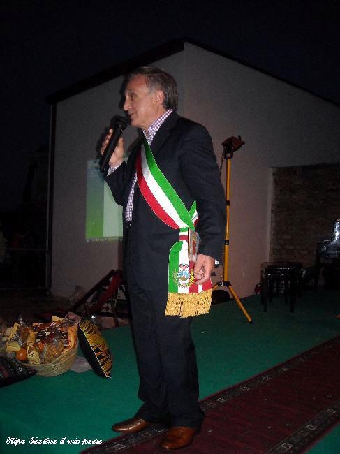 Il vicesindaco Rucci Ignazio porge i saluti dell'amministrazione