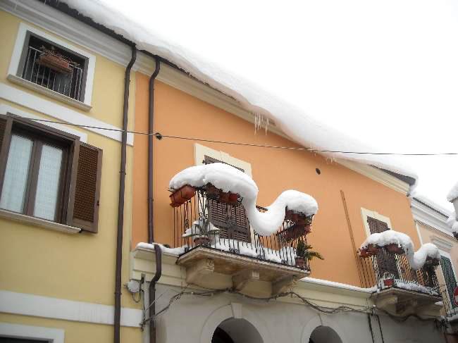 "...""pericolo"" ....caduta neve ..."